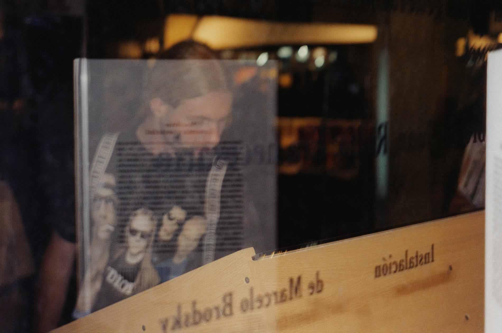 Nexo,-Los-Condenados-de-la-Tierra-Feria-del-Libro-II,-Bs-As,-2000
